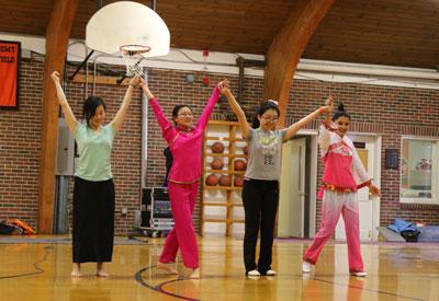 NYA-Chinese-Dancers-400x275