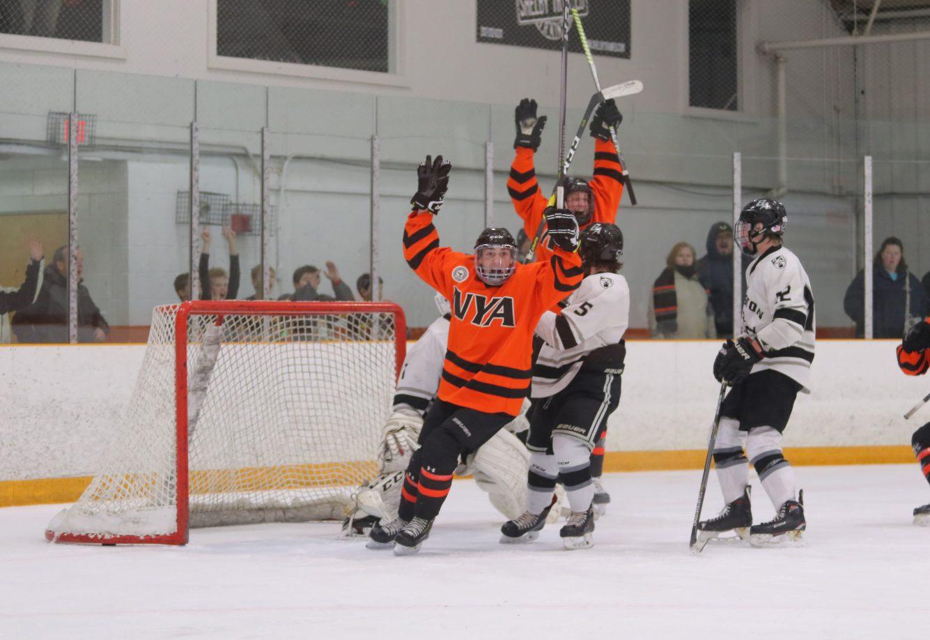 NYA Boys Varsity hockey 2019 - credit Brian Beard - CIP